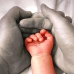 между мужем и ребенком